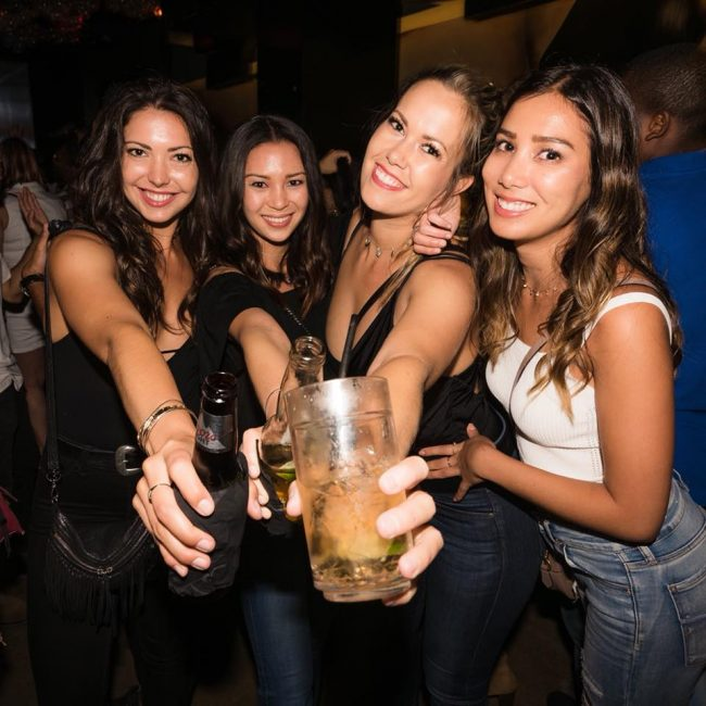 9 Ways to Meet Singles in Honolulu HI (Dating Guide)