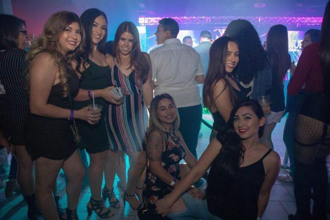 Singles nightlife Bakersfield pick up girls get laid