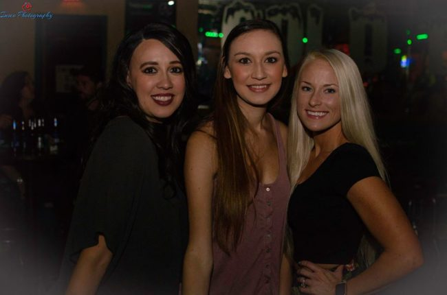 Girls near you Little Rock hook up bars River Valley