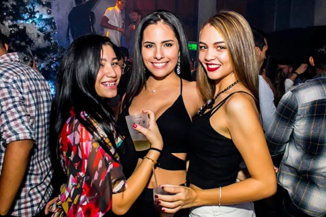 Girls near you Caracas nightlife hook up bars Las Mercedes