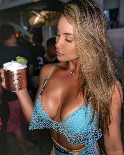 Girls near you Belem singles nightlife hook up bars