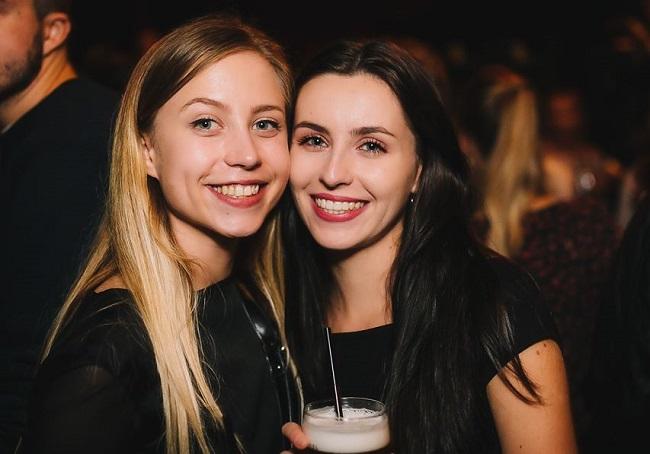 Singles nightlife Omsk pick up girls get laid
