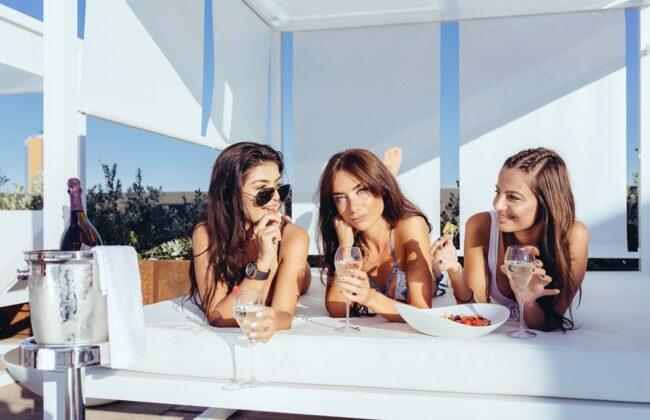 Girls near you Malta singles nightlife hook up bars