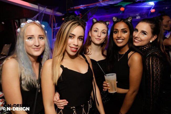 Girls near you Interlaken singles nightlife hook up bars