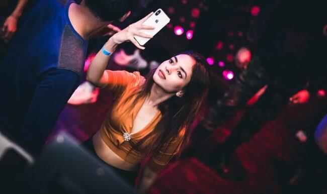 Girls near you Marmaris singles nightlife hook up bars