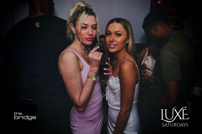 Singles nightlife Oxford pick up girls get laid