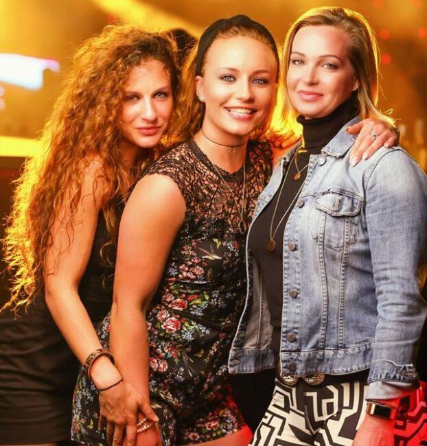 Singles nightlife Porvoo pick up girls get laid