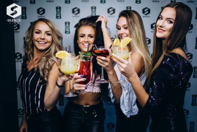 Girls near you Lublin singles nightlife hook up bars