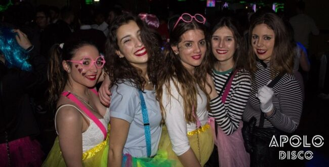 Girls near you Santiago Compostela singles nightlife hook up bars